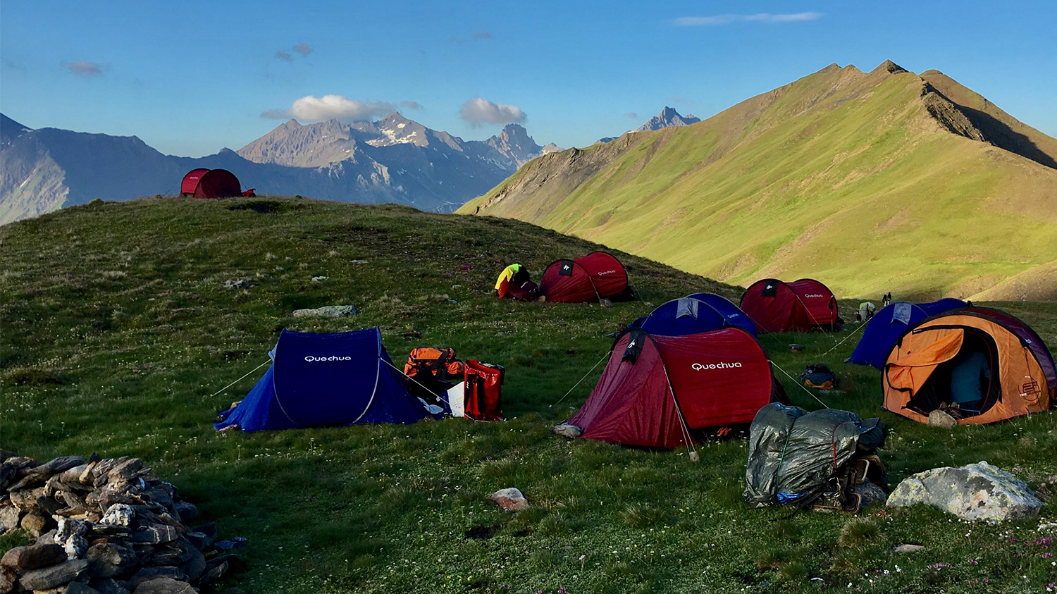 A wild hike around Mont Blanc in Bivouac